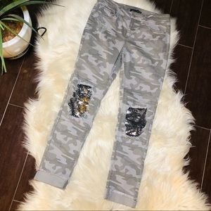 Imperial Star Girls distressed camo size 16